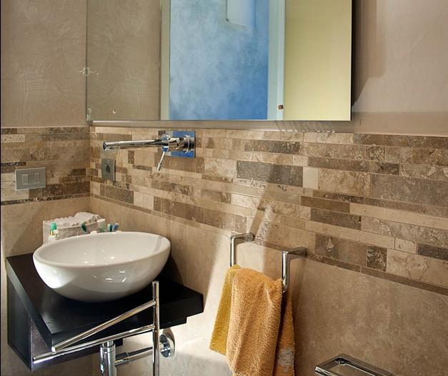 Come scegliere il mosaico per il tuo bagno mosaici bagno by pietre di rapolano - Mosaico pavimento bagno ...