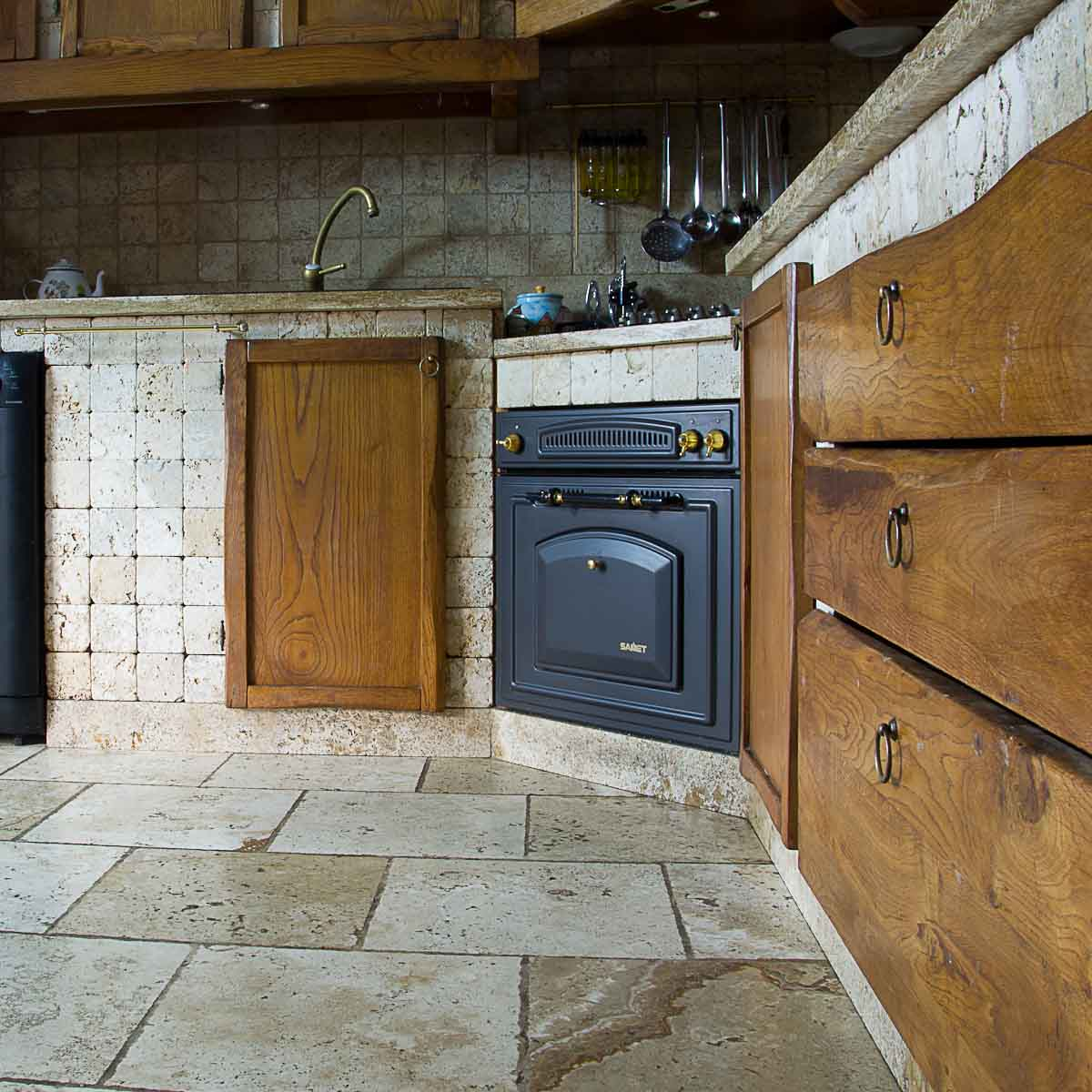 Mosaici di grandi dimensioni per rivestimenti mosaici bagno by pietre di rapolano - Mattonelle per cucina in muratura ...