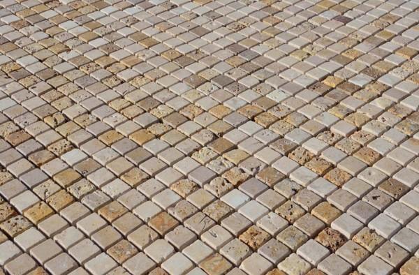 Scegli il mosaico in pietra naturale  Mosaici Bagno by Pietre di Rapolano