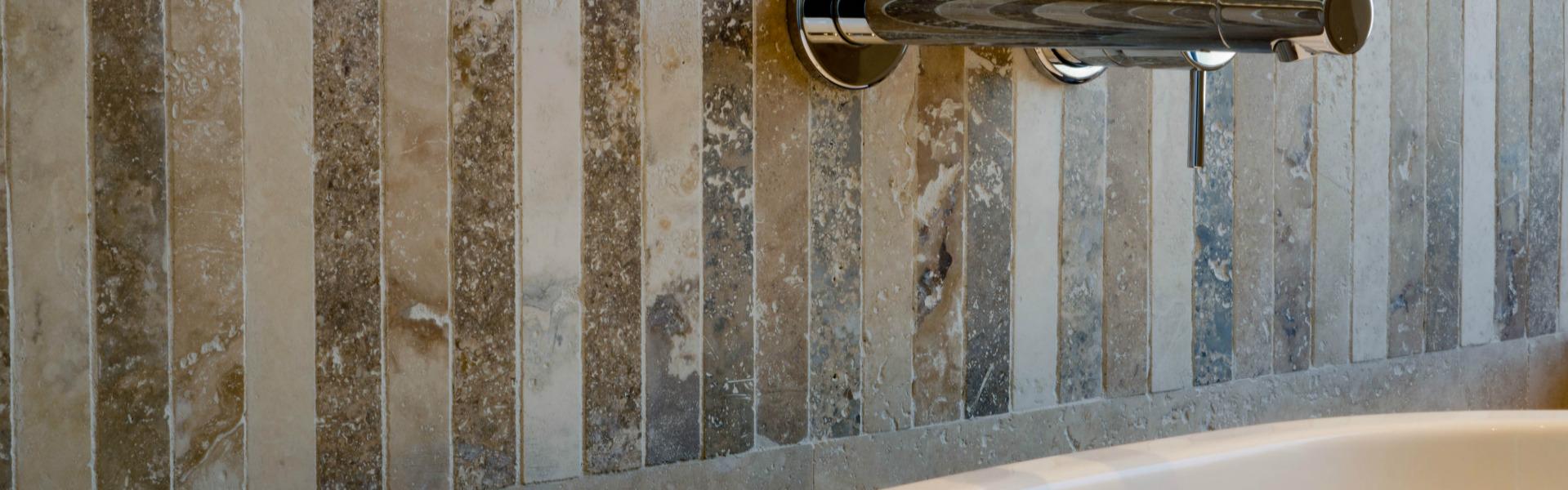 Colore nel bagno con il mosaico mosaici bagno by pietre - Mosaici per doccia ...
