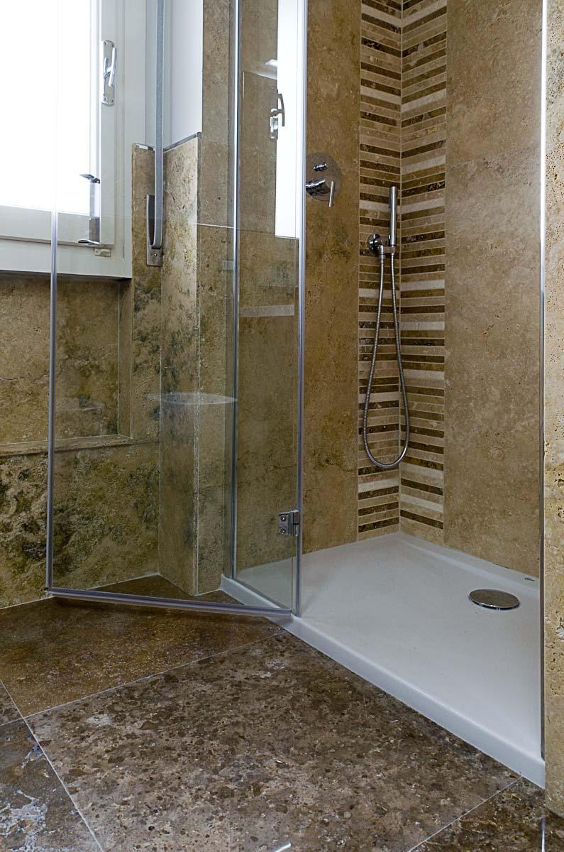Decora il tuo bagno con il mosaico  Mosaici Bagno by Pietre di Rapolano